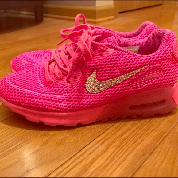 Pink Nike Air Max with Bling!⭐ . M 5ac2a563caab44488c7eed04 2e3603f6f79f
